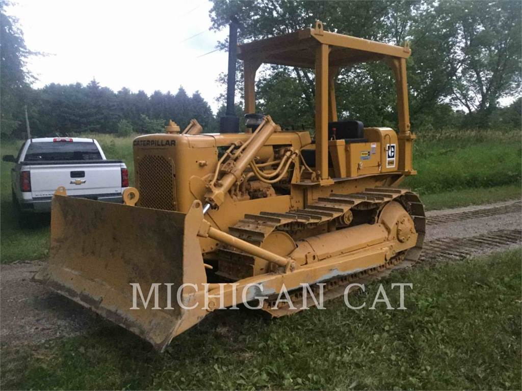 Caterpillar D4d For Sale Novi Mi Price Us 14 000 Year