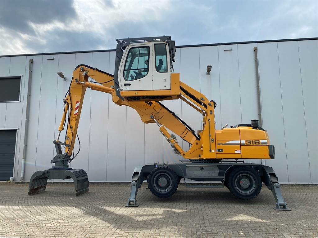 Liebherr A 316 Litronic Incl. Selector Grab!