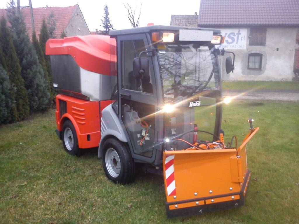 Snow Plow Truck For Sale >> Used Hako Citymaster Two way Snow Plough Plow sweepers ...