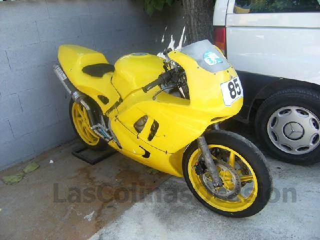 honda cbr 600 occasion ann e d 39 immatriculation 1990 voiture honda cbr 600 vendre mascus. Black Bedroom Furniture Sets. Home Design Ideas