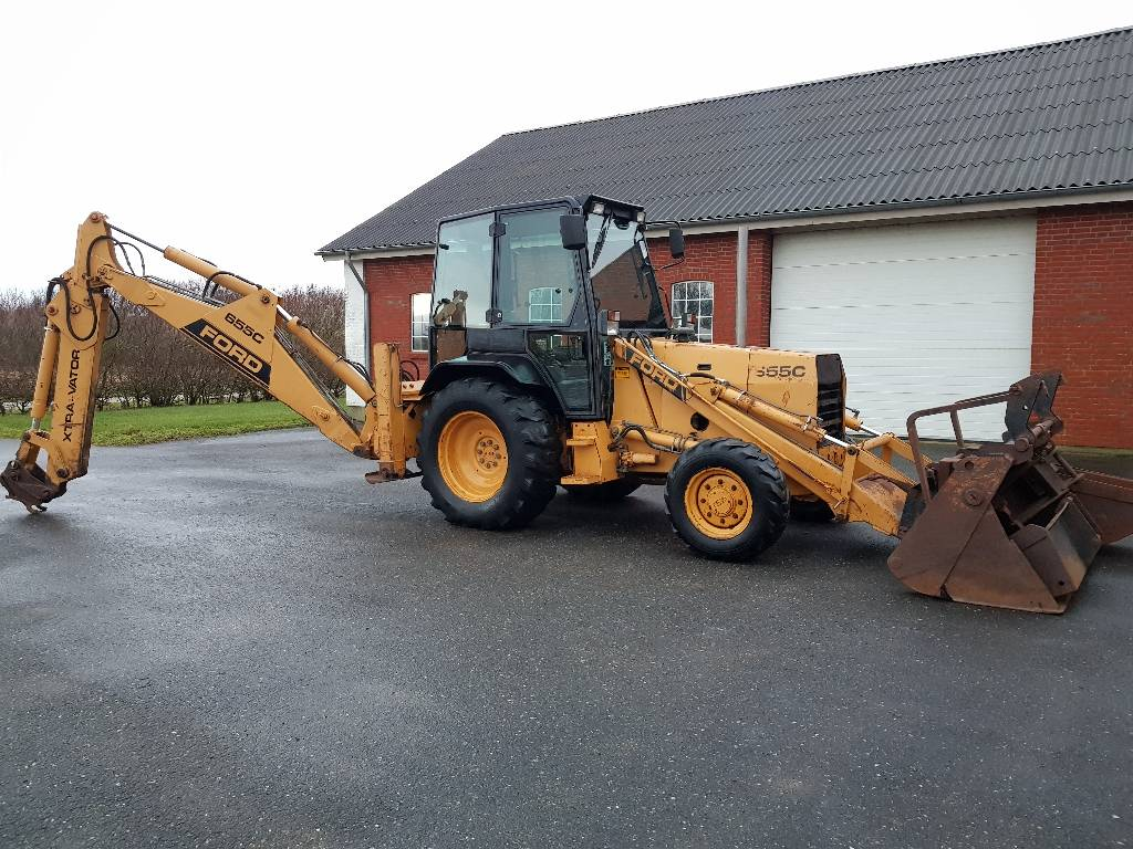 Ford -655-c-4wd-rendegraver - Mnftr year: 1989 - Backhoe loaders - ID: D15B5053 - Mascus Ireland