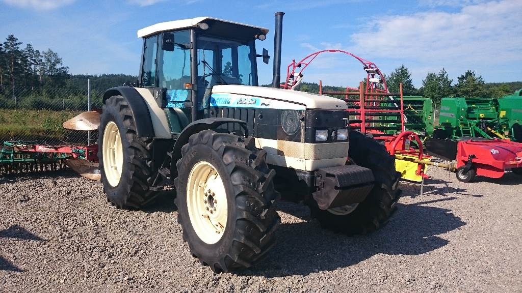 lamborghini 150 racing gebrauchte traktoren gebraucht kaufen und verkaufen bei d991ac11. Black Bedroom Furniture Sets. Home Design Ideas