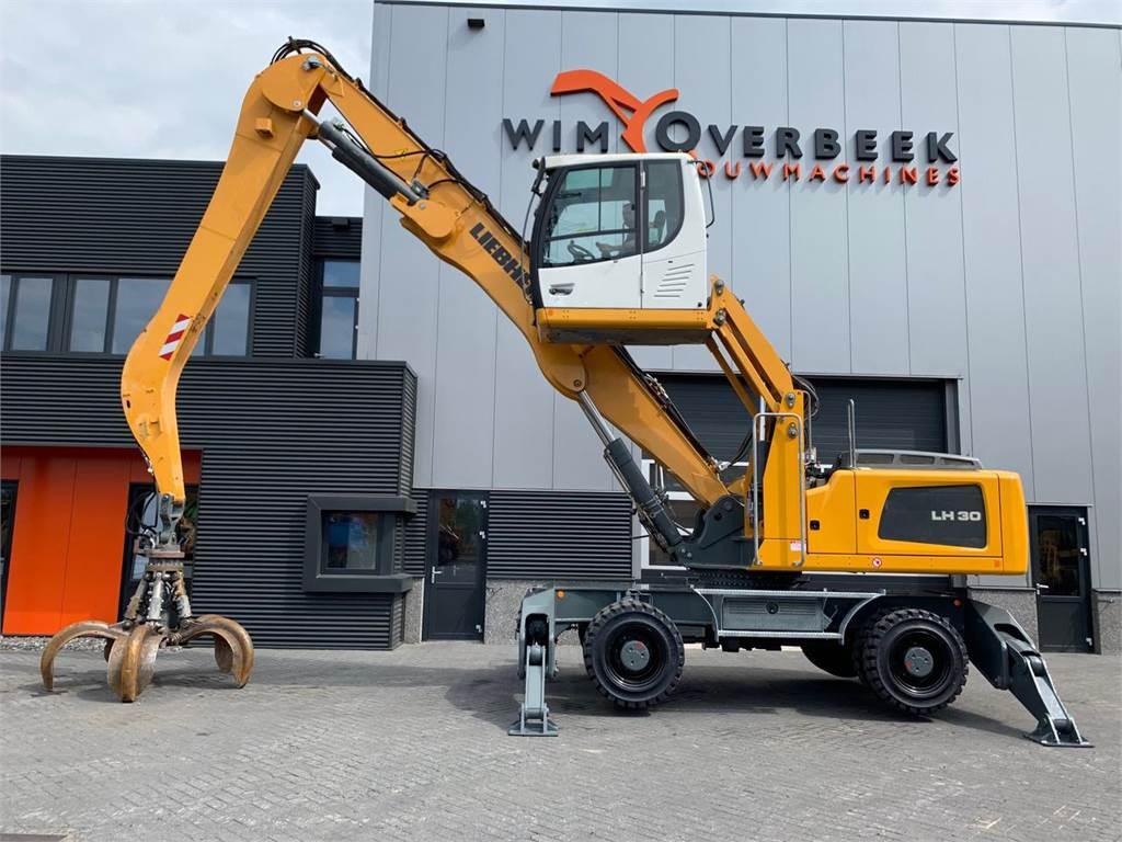 Liebherr LH 30 M Industry + GM65 Grapple