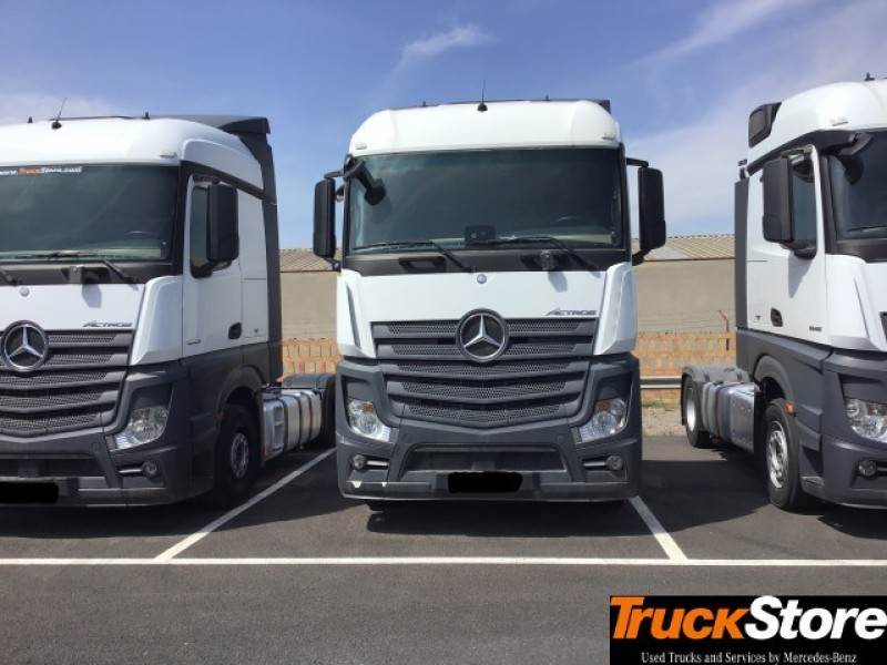 Used mercedes benz actros 1845 ls tractor units year 2014 for Mercedes benz valencia service