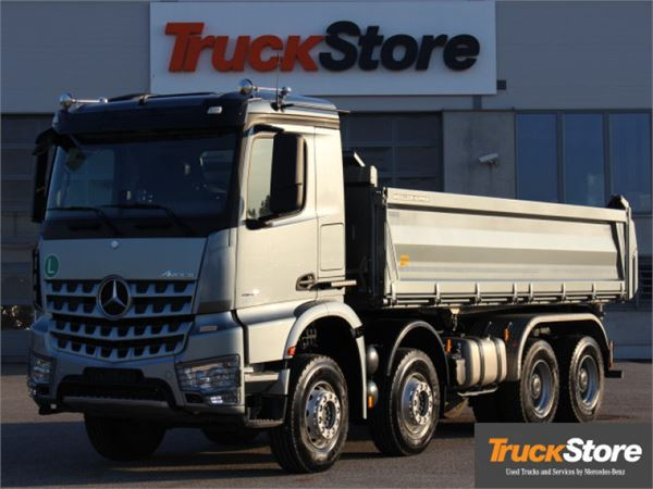 Used mercedes benz arocs 4145 k dump trucks year 2014 for Mercedes benz dump truck