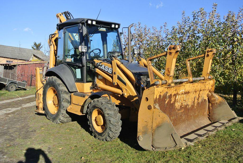 Case 580 t year 2011 backhoe loaders id dd1e0915 for Avis e case construction