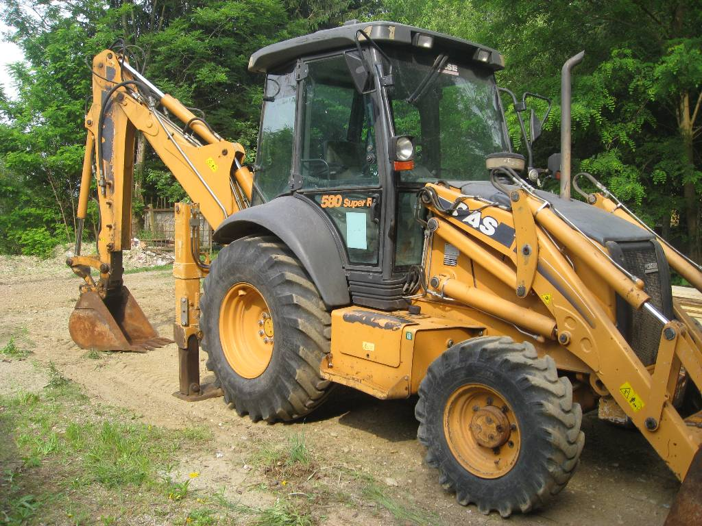 Case 580 sr mnftr year 2010 backhoe loaders id for Avis e case construction