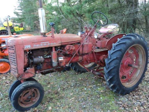 Case Clamshell Fenders : International year tractors id c