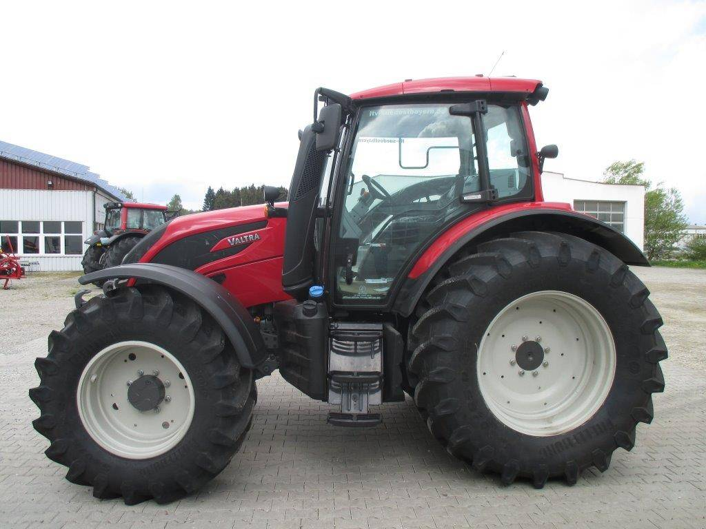 Where To Buy Adblue >> Used Valtra -n174h5 tractors Year: 2016 for sale - Mascus USA