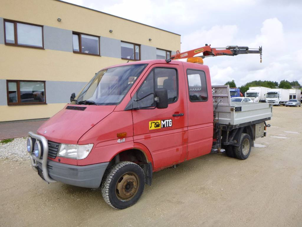 Used mercedes benz 412d 4x4 palfinger pk 1800 crane for Mercedes benz 4x4 truck