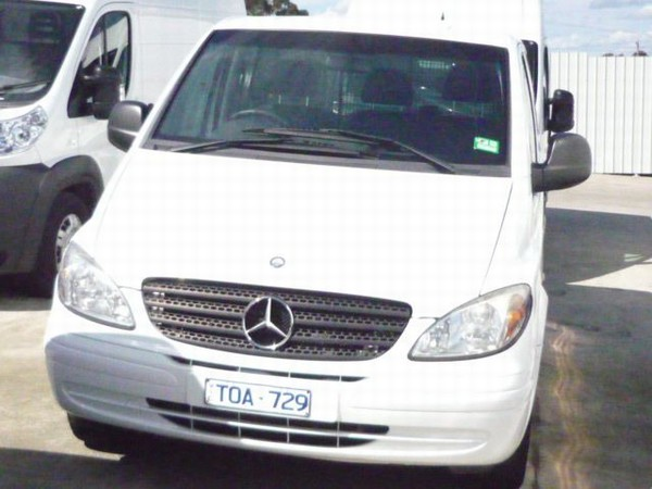 mercedes benz vito 115cdi compact occasion prix 15 070 ann e d 39 immatriculation 2005. Black Bedroom Furniture Sets. Home Design Ideas