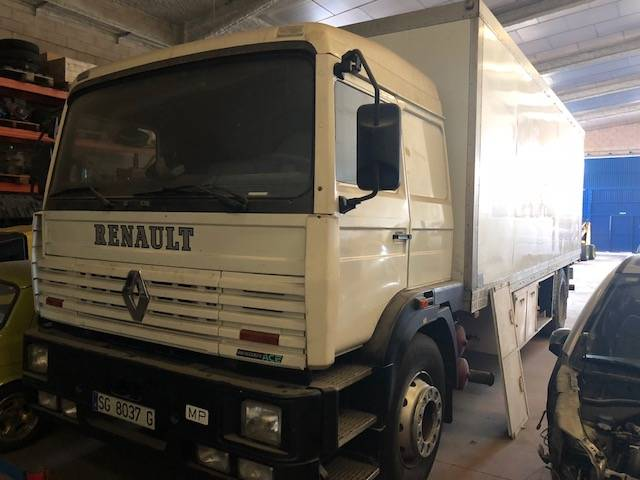 renault g 230 occasion prix 10 500 ann e d 39 immatriculation 1994 camion frigorifique. Black Bedroom Furniture Sets. Home Design Ideas