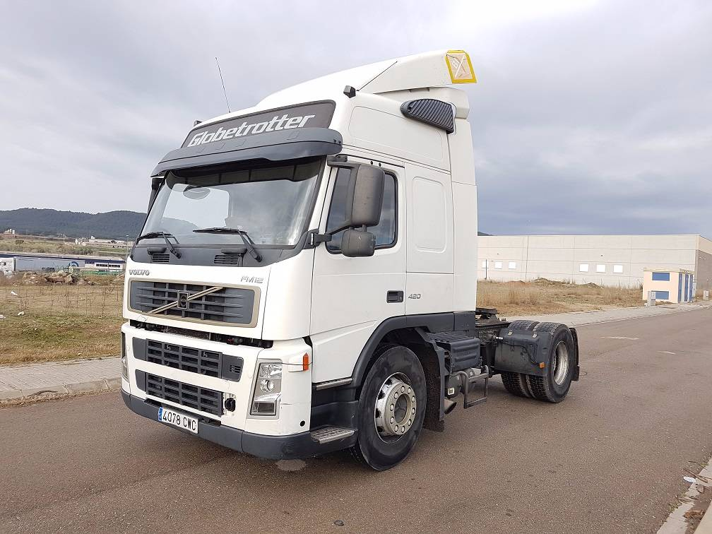 Used Volvo Fm12 420 Tractor Units Year 2004 Price 8 864