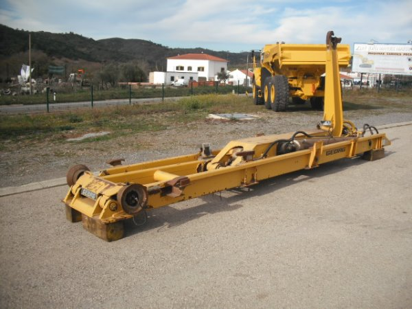 Used Volvo A25C hook lift system articulated Dump Truck ...