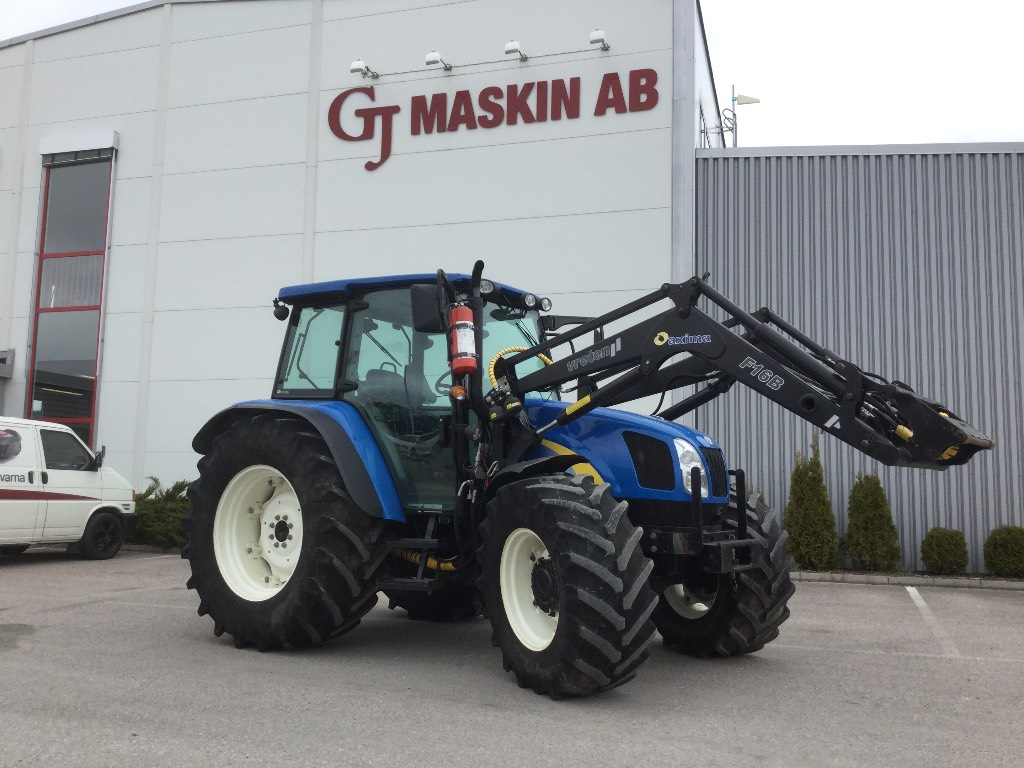 New Holland Tractors Used : Used new holland tractors year price