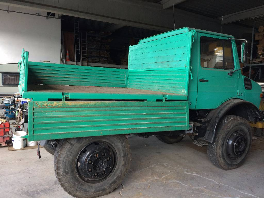Mercedes benz unimog year of manufacture 1983 for Mercedes benz tractors