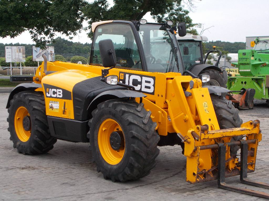 jcb 541 70 agri plus telehandlers for agriculture price 31 304 year of manufacture 2012. Black Bedroom Furniture Sets. Home Design Ideas