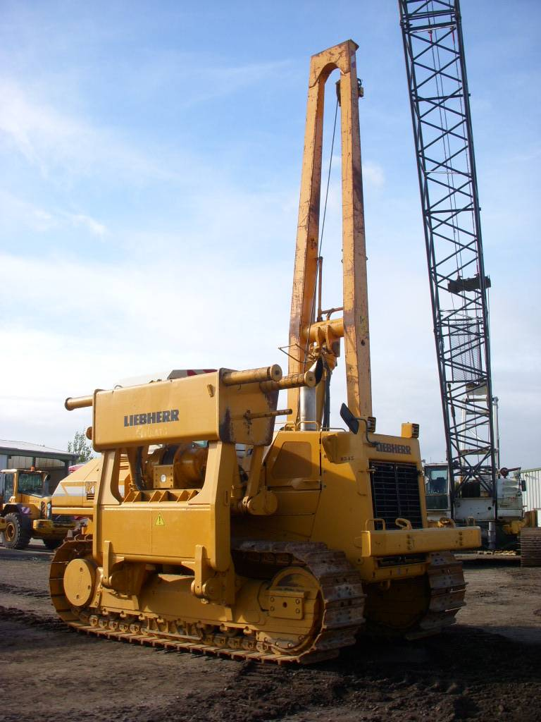 Liebherr RL 52 HD 90 t lifting capacity MIETE RENTAL