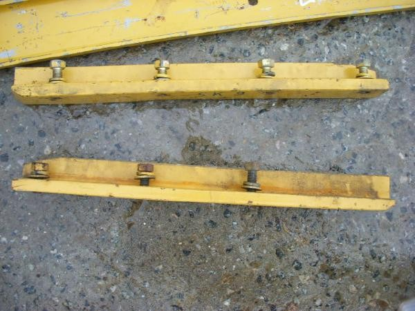 Caterpillar (205) 5G9075 Schiene / strip