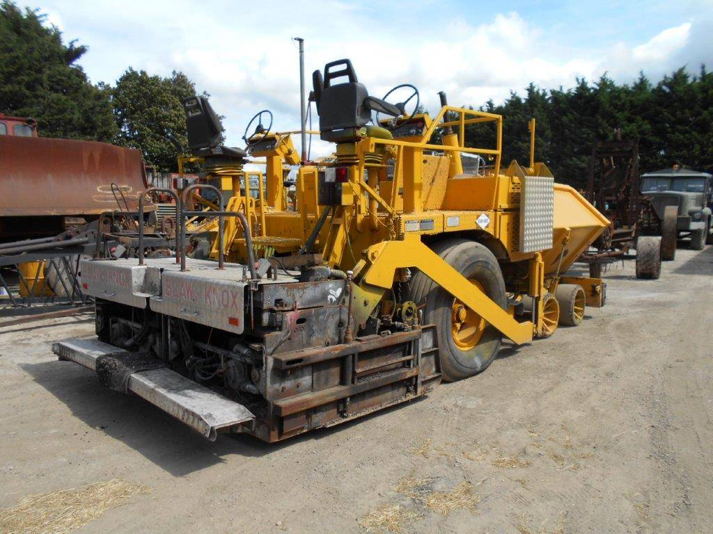 Asphalt Pavers For Sale >> Used Blaw-Knox BK 181 asphalt pavers Year: 1996 Price ...