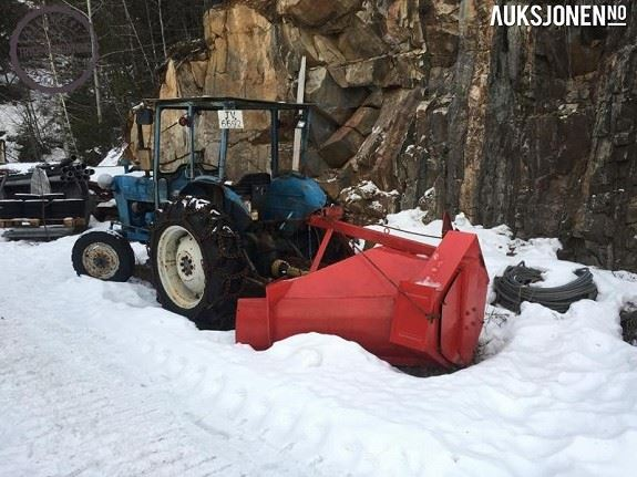 1968 Ford 2000 Diesel Tractor : Buy used ford sylindret traktor tractors on