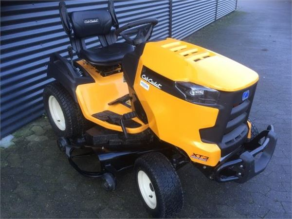 used cub cadet xt3 compact tractors year 2017 price 3 473 for sale mascus usa. Black Bedroom Furniture Sets. Home Design Ideas