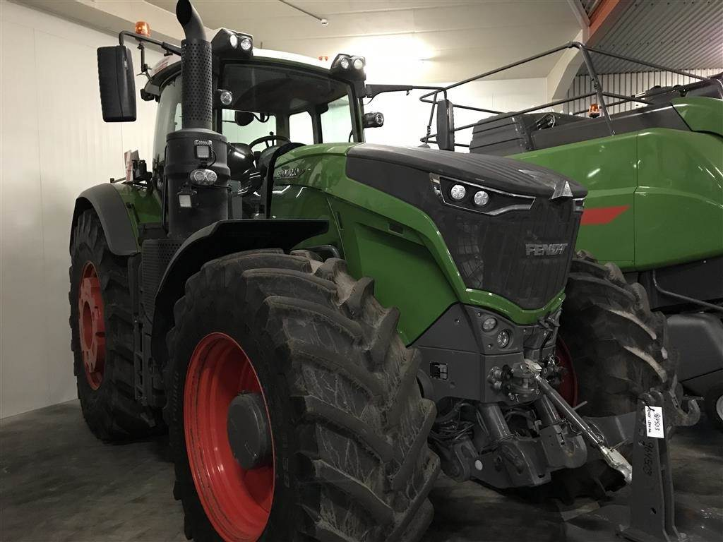 Used Tractor Tires For Sale >> Used Fendt 1050 Vario S4 PROFI PLUS tractors Price: US$ 356,364 for sale - Mascus USA