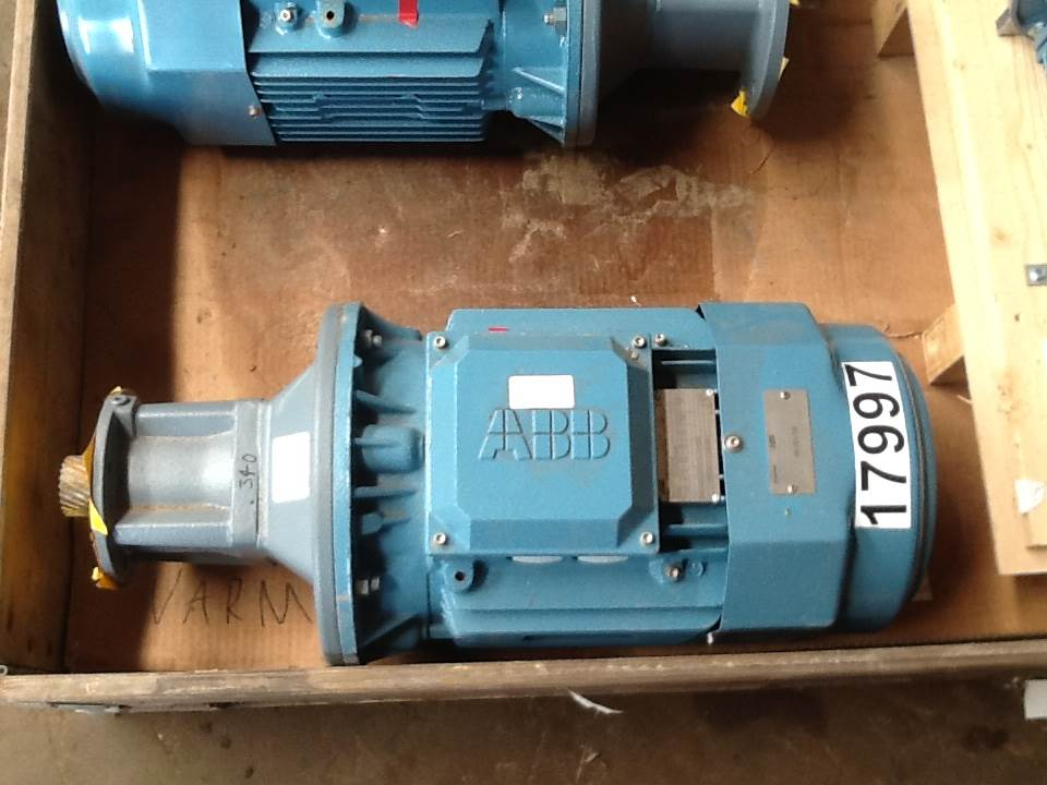 Used 5 5 kw abb type m3bp 132smb4 e motor engines for for Abb m3bp motor catalogue