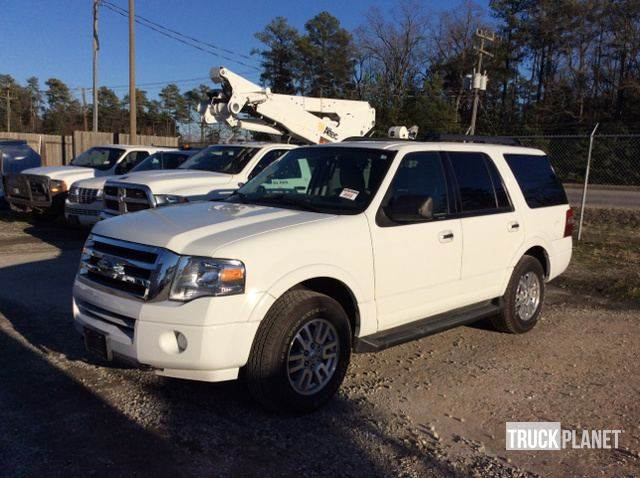 Ford Expedition Xlt X  Automobiles Suvs