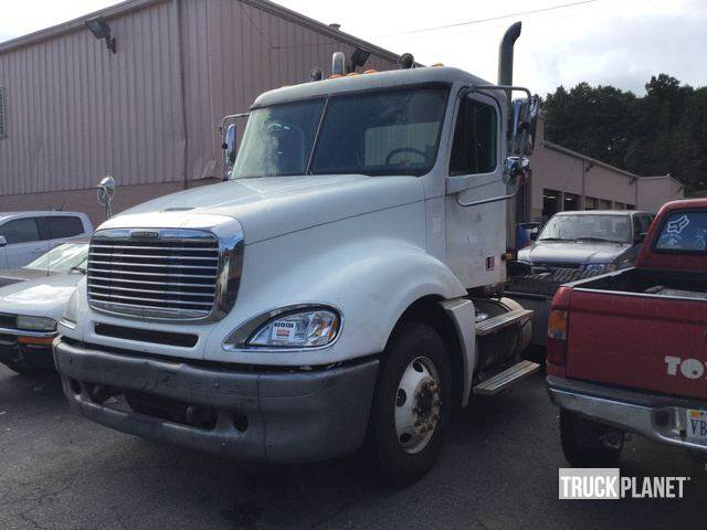 Purchase Freightliner Columbia 120 tractor Units, Bid & Buy