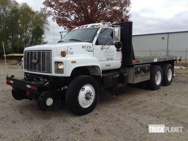 Buy used Chevrolet Kodiak C7H064 flatbed/Dropside trucks on auction