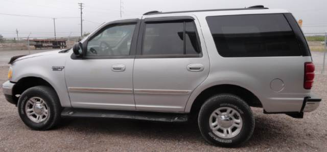 Ford Expedition Xlt  Utility Machines