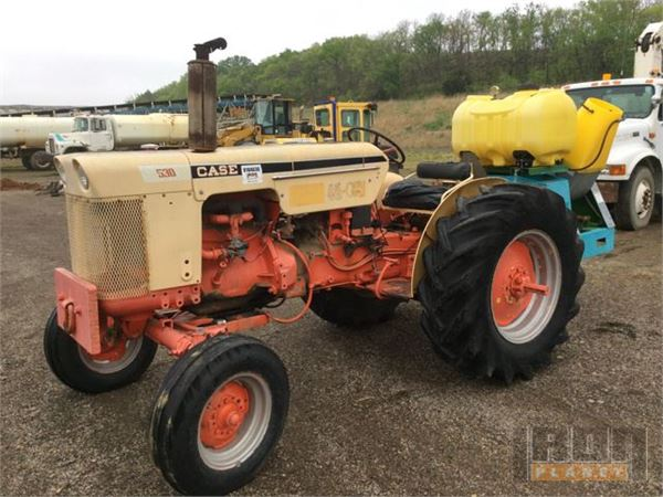 Case 530 Farm Tractor : Purchase case ih tractors bid buy on auction