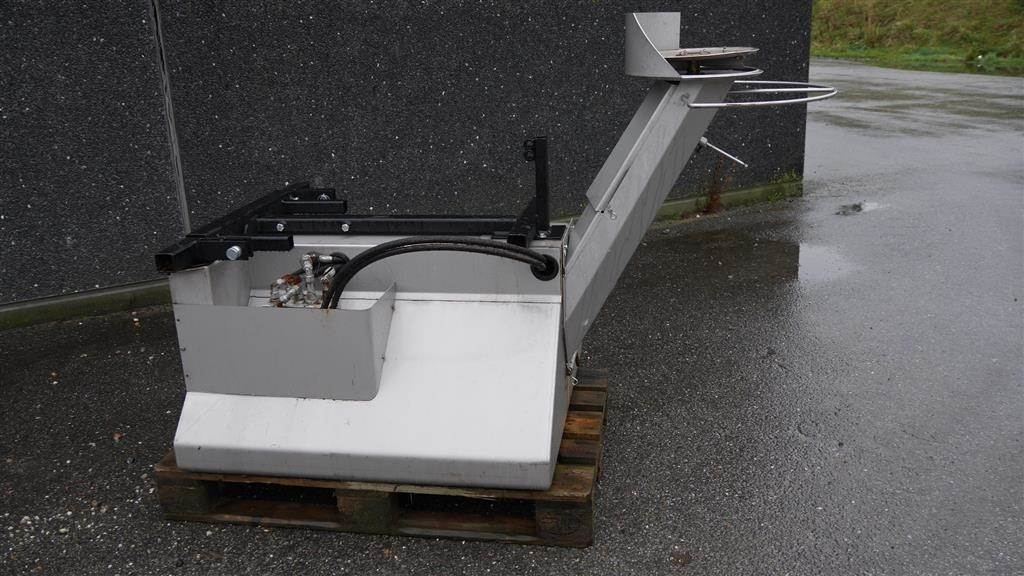 jk170 preis baujahr 2015 sand und. Black Bedroom Furniture Sets. Home Design Ideas