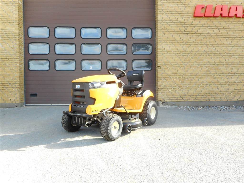 used cub cadet xt2 ps107 compact tractors year 2017 price 2 692 for sale mascus usa. Black Bedroom Furniture Sets. Home Design Ideas