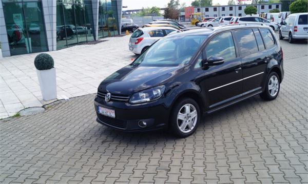 volkswagen touran occasion prix 8 798 ann e d 39 immatriculation 2011 utilitaire volkswagen. Black Bedroom Furniture Sets. Home Design Ideas