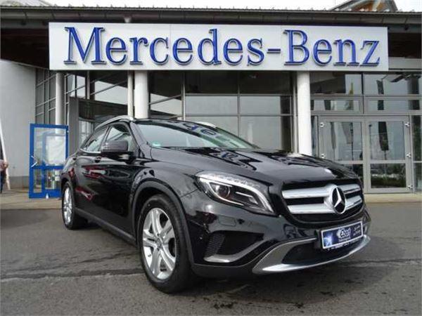 Used mercedes benz gla 180d 7g urban xenon ahk navi for Mercedes benz 180d for sale