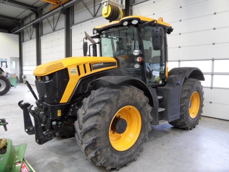 jcb 4220 baujahr 2015 gebrauchte traktoren gebraucht. Black Bedroom Furniture Sets. Home Design Ideas
