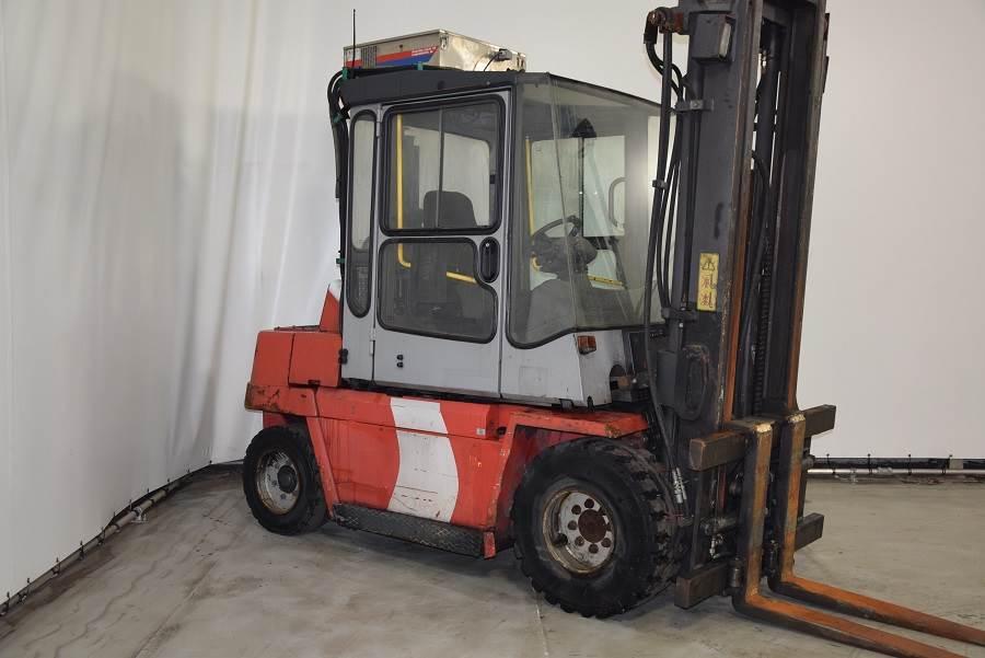 Used Kalmar DCD55-6 diesel Forklifts Year: 2001 for sale