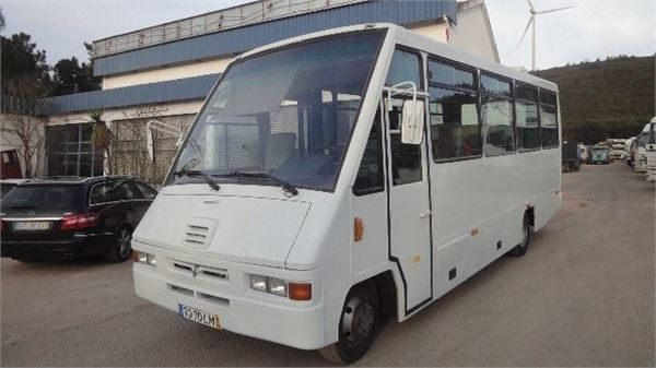 renault bus b120 occasion prix 4 000 ann e d 39 immatriculation 1998 autobus interurbain. Black Bedroom Furniture Sets. Home Design Ideas