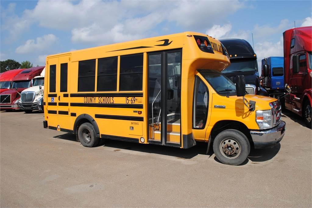 ford e450 preis baujahr 2014 andere busse gebraucht kaufen und verkaufen bei. Black Bedroom Furniture Sets. Home Design Ideas