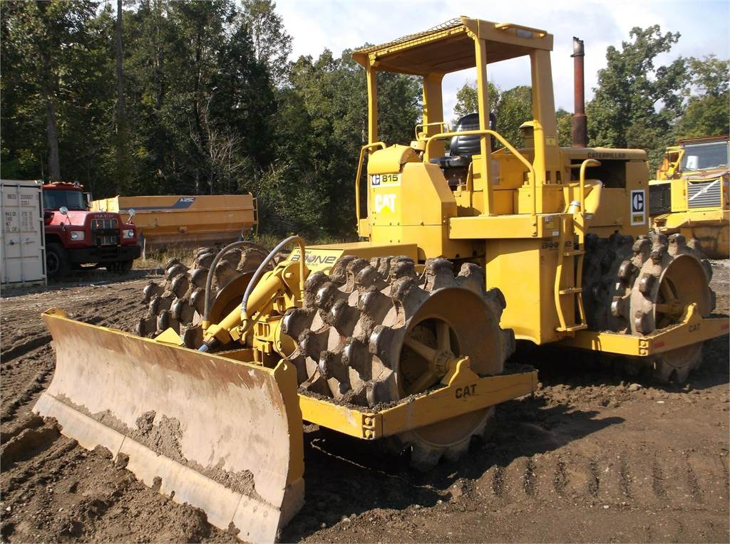 caterpillar -815 for sale bardstown  kentucky price   48 500  year  1977