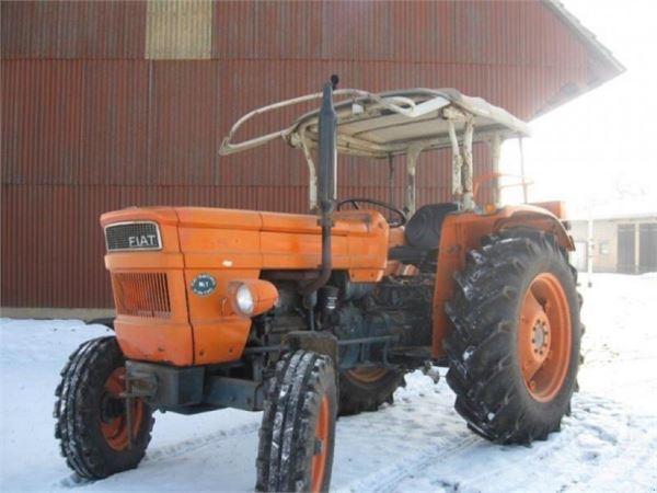 fiat 500 baujahr 1970 gebrauchte traktoren id 35375b2b mascus deutschland. Black Bedroom Furniture Sets. Home Design Ideas