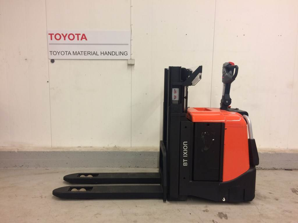 BT SPE200D - Pedestrian stacker, Price: £4,570, Year of manufacture: 2011