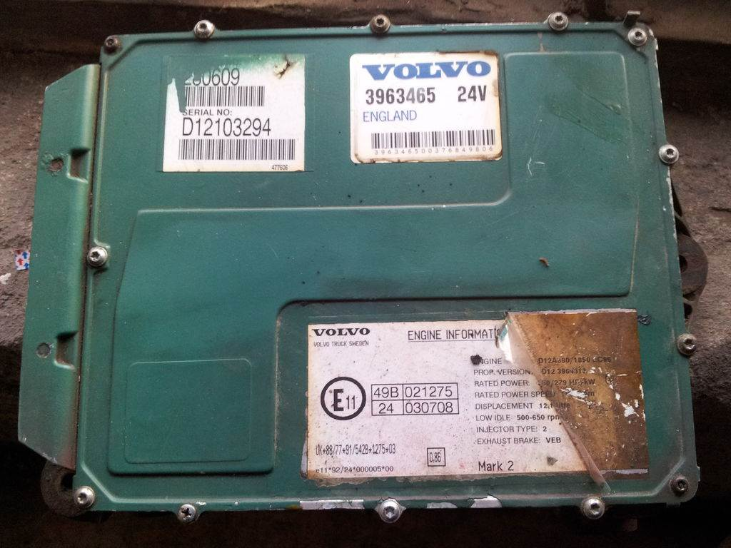 Volvo Engine Control Unit Ecu Edc D12a420 309kw 420p