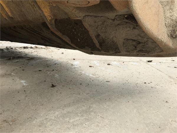 Detail photo of 2013 Komatsu D155AX-7 from Construction Equipment Guide
