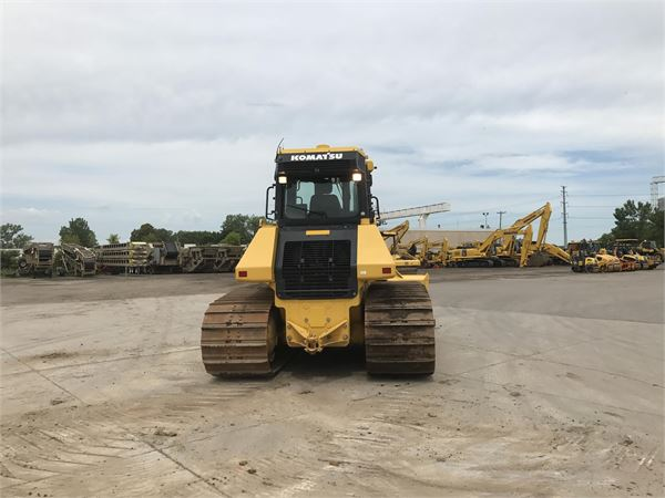 Detail photo of 2016 Komatsu D61PXI-23 from Construction Equipment Guide