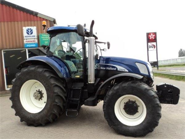 Blue Holland Tractors : Used new holland t auto command blue power tractors